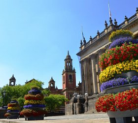 Leeds looking lovely with Amberol's self-watering planters