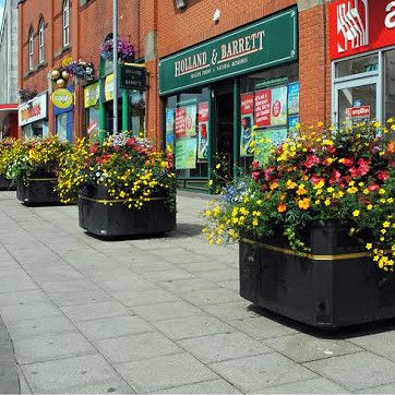 Large Self Watering Outdoor Planters For Towns Amp City Centres